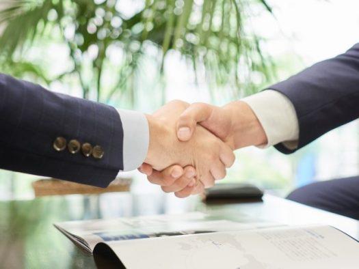 イメージ画像-握手