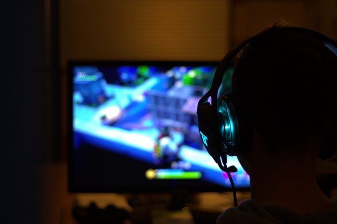 オンラインゲーム